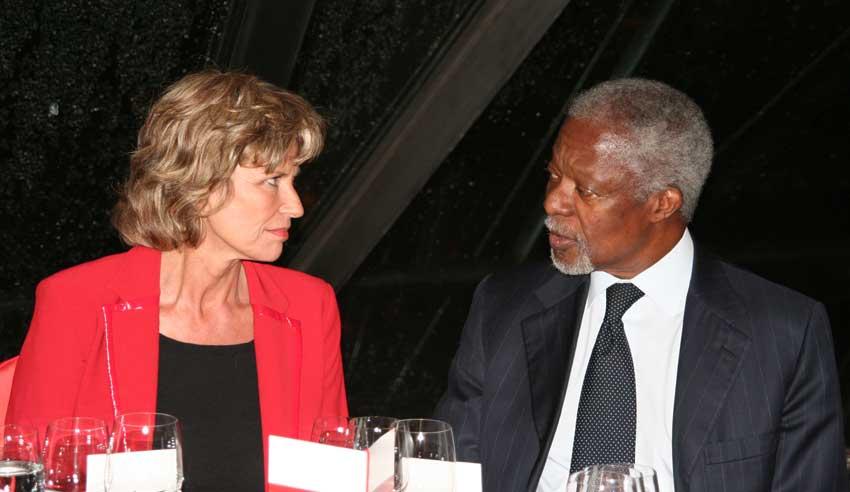 Wöhrl trifft ehemaligen UN-Generalsekretär Kofi Annan. Dagmar Wöhrl - 14. Dezember 2010.
