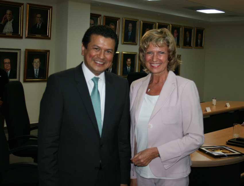 Dagmar Wöhrl trifft den Parlamentspräsidenten von El Salvador, Othon Sigfrido Reyes Morales. Dagmar Wöhrl - 13.-19.02.2011