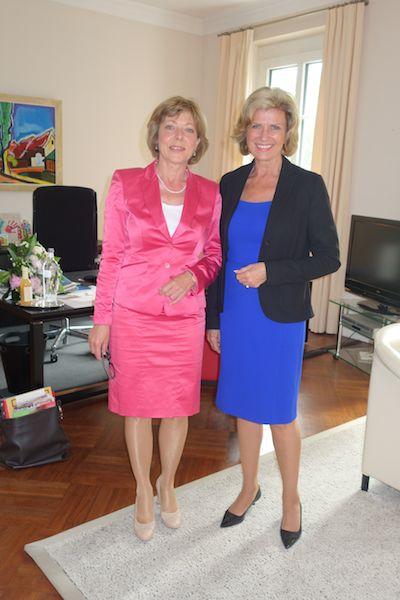 Berlin, 9. Mai 2014. Entwicklungszusammenarbeit auf allen Ebenen verstärken. MdB Wöhrl trifft Frist Lady Daniela Schadt