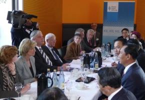 Erstmals Parlamentarier aus Myanmar zu Gast in Deutschland