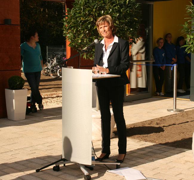 Dagmar Wöhrl Eröffnung Welpenhaus. Dagmar Wöhrl - 10. Oktober - Nürnberg
