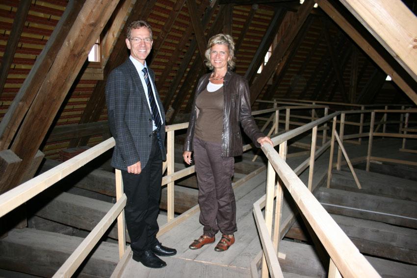 MdB Dagmar G. Wöhrl besichtigt Renovierungsarbeiten am Hallenchor der St Lorenz Kirche Nürnberg. 20. Juli 2011