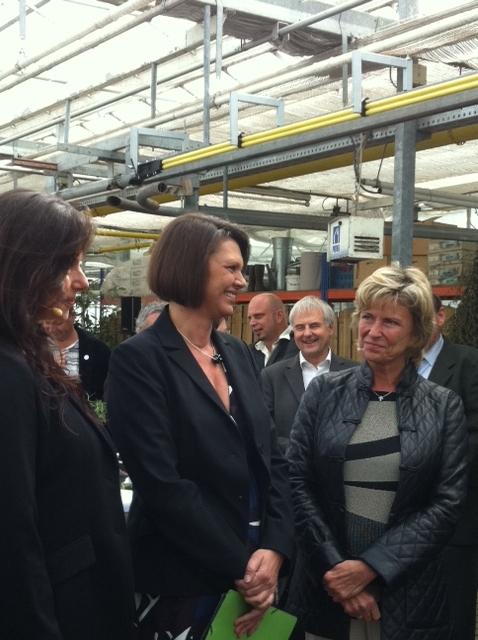 Dagmar Wöhrl mit Bundesministerin Ilse Aigner unterwegs im Knoblauchsland