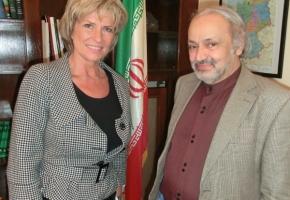 Dagmar Wöhrl und der iranische Botschafter in Deutschland, Alireza Sheikh Attar. Berlin, 22. März 2012.