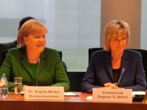 2011.12.01-Dagmar-G-Woehrl-Angela-Merkel-AWZ