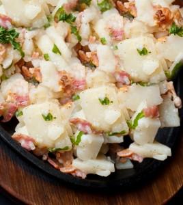 Fränkischer Kartoffelsalat mit Speck