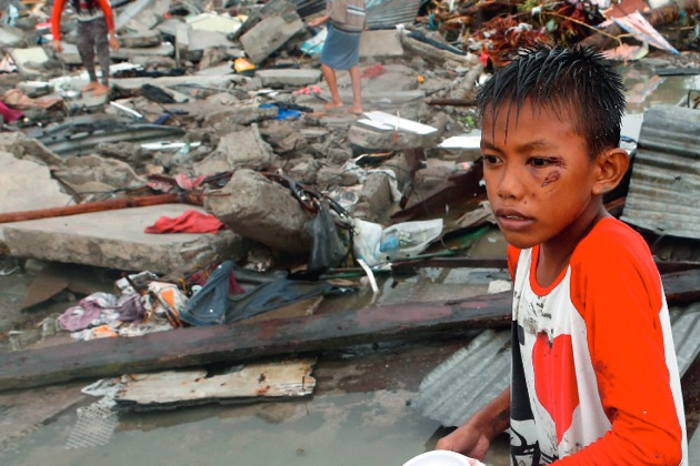 """Jede Minute zählt bei der Rettung von Menschenleben: Nach Taifun """"Haiyan"""" benötigen die betroffenen Regionen auf den Philippinen dringend unsere Hilfe"""