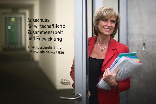 Dagmar-Woehrl-Bundestag-Ausschuss-AWZ