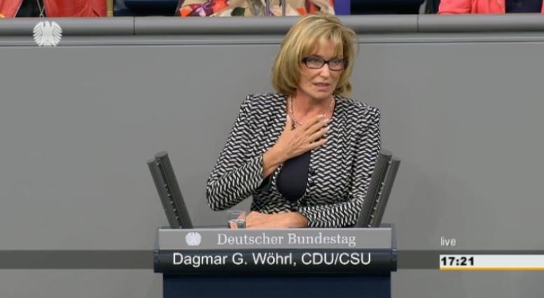 """Dagmar Wöhrl spricht im Bundestag zum Thema """"Flüchtlingskrise und Haushaltsdebatte"""" (120. Sitzung vom 09.09.2015)"""
