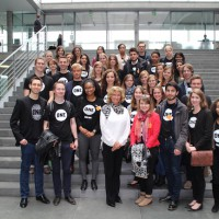 MdB Dagmar Wöhrl empfängt ONE Jugendbotschafter und Jugendbotschafterinnen im Bundestag